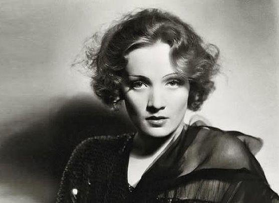 Голлівудських кінодів 30-х років цілком сміливо можна назвати найсексуальнішими і найстильнішими жінками.