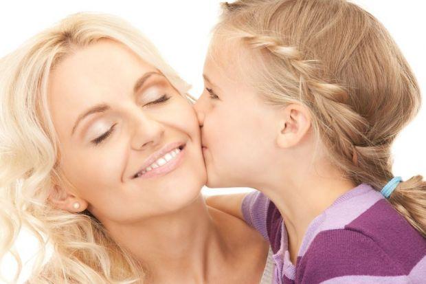 Кожній мамі на замітку.Кожна турботлива мама намагається вберегти свою доньку від потенційних помилок і бажає дати їй поради, які стануть в нагоді у ж