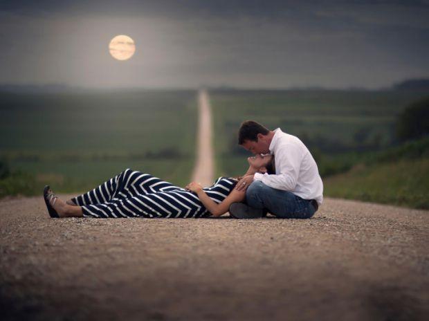 Звичайно ж, у відносинах в першу чергу, цінується щирість. Згодом зникають всі секрети, і ви знаєте один про одного все. Але є речі, які краще прихова