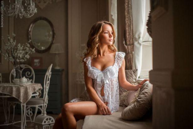 У створенні весільного образу нареченої важливою є кожна деталь, так як кожна дрібничка є елементом, з яких утворюється чарівна весільна довершеність.