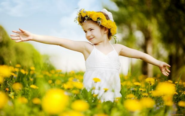 """Результат пошуку зображень за запитом """"навчити дитину бути щасливою"""""""
