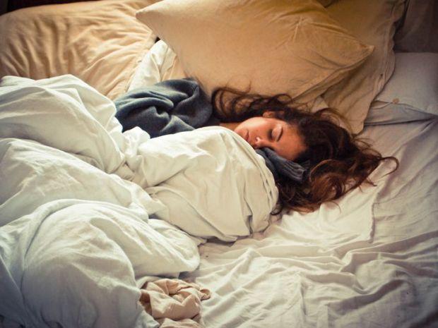 Весь робочий тиждень ви обіцяєте собі, що ось на вихідні виспитеся, відпочинете і наберетеся сил. Але приходить субота, вам не дають поспати, з'являют