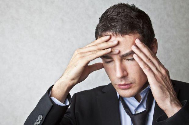 Голландські вчені з Leiden University Medical Centre виявили, що у чоловіків, які страждають на мігрень, підвищений рівень жіночих статевих гормонів е