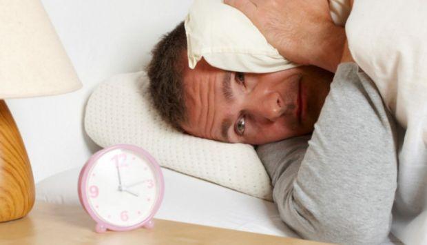 Виникнення серцево-судинних захворювань, інсультів і інфарктів провокує хронічний шум.