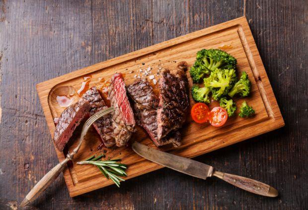 Що варто знати про м'ясо у раціоні вагітної жінки, повідомляє сайт Наша мама.