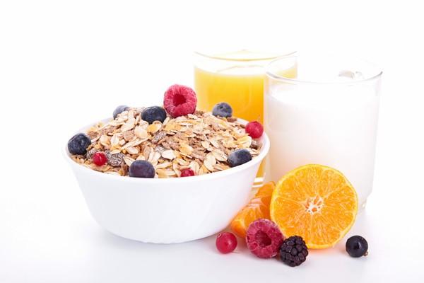 Включіть ці продукти у ранкове меню і худніть!