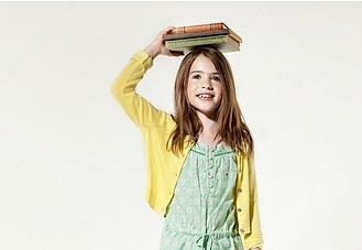 Tommy Hilfiger, американський бренд, який нещодавно представив нову дитячу колекцію сезону весна-літо 2014.