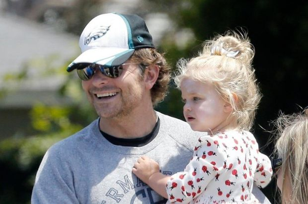 Бредлі Купер провів кілька днів з донькою (ФОТО)