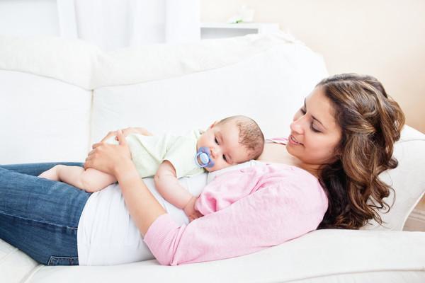 П'ять порад новоспеченим матусям