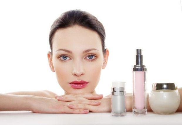 В наше время трудно подыскать качественные косметические средства (для волос, или для лица, либо же для тела), чтобы они не были с заоблачными ценами.