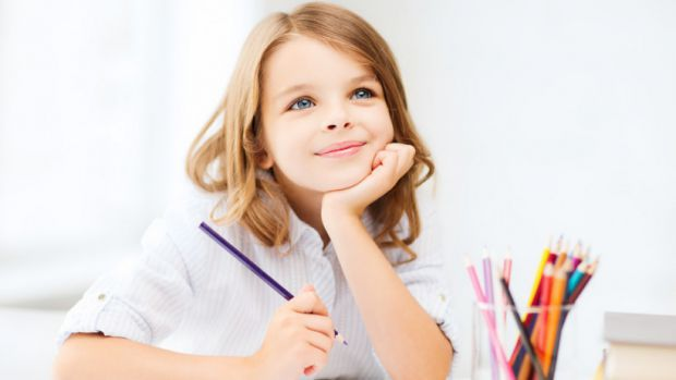 Психологи переконують, що дітей найкраще мотивує та концентрує похвала, а не сварки та покарання. Для того, аби діти краще контактували зі вчителями т