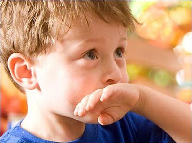 Якщо говорити про постійну відрижку у старших дітей, то це, звісно, ненормально для здоров'я. У чому причина - читайте далі.