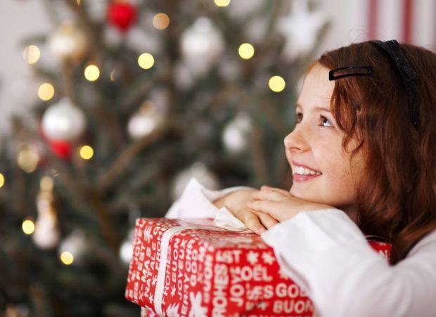 Який подарунок вибрати на свята дитині 7-10 років - читайте наші поради у матеріалі.