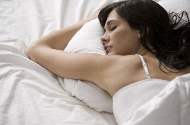 Міжнародна група академіків провела наукове дослідження і встановила, від чого залежить кількість сексуальних зв'язків у жінок.