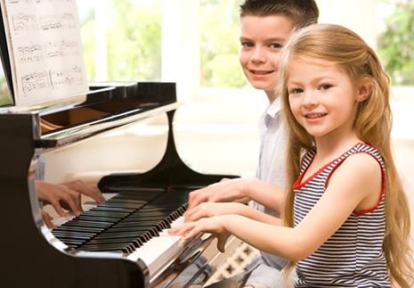Інтелектуальний розвиток людини пов'язаний з її музичними вподобаннями.