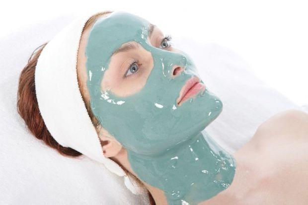 Альгінатна маска для обличчя вважається найновішим і найефективнішим засобом останнього покоління, яке використовується в професійних салонах. В Європ