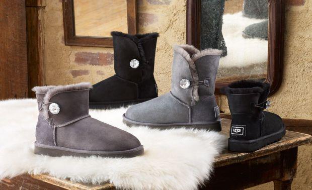Если девушка-подросток хочет прекрасно выглядеть, следит за модой, то она, конечно, будет знать, что трендовой обувью в 2019 году станут несколько мод