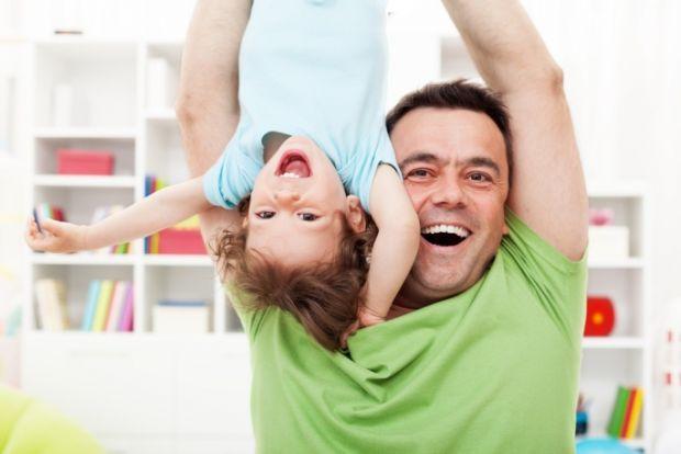 Роль батька і матері у вихованні дитини переоцінити дуже складно. Але чи всі батьки точно собі уявляють, яка ж вона, ця роль? Адже виховання малюка -
