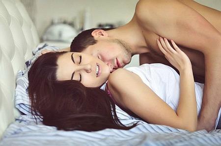 - Сни (жахіття)Через постійні кошмари людина не висипається, організм відчуває стрес, а імунітет слабшає. В результаті - часті інфекційні захворювання