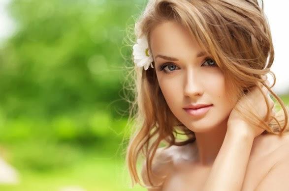 Результати опитуваньКосметологи з'ясувати, які прийоми і рецепти краси жінки вважають найкращими:
