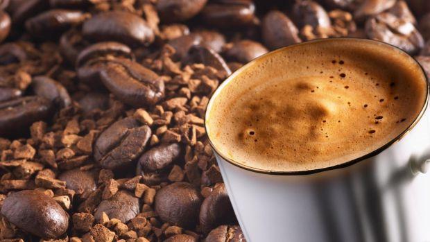 Скільки кави можна випивати в день без ризику для свого здоров'я? Відповідь на це питання дало Міністерство охорони здоров'я Канади.