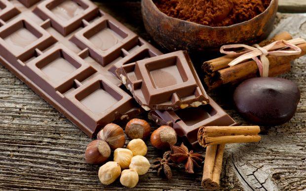 Ще одна причина не їсти солодощі.Споживання цукру або будь-якого іншого вуглеводу негативно відбивається на структурі та роботі мозку - кажуть медики.