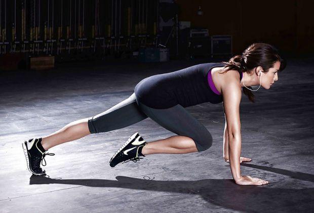 Щоб мати струнку фігуру, потрібно не тільки правильно харчуватися, але й займатися фізкультурою.