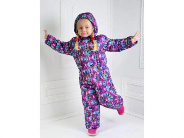 Комбинезоны для детей - замечательная одежда на зиму. Они защищают почки и другие важные органы, поддерживают постоянную температуру тела и не дают ор