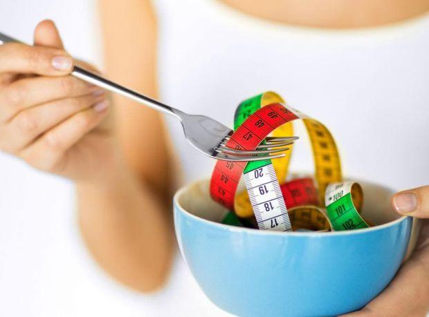 Кожен, хто хоче позбутися зайвих кілограмів, хоч раз в житті, але стикався з дієтами, які не дають належного ефекту. Однак, нове дослідження розкрило