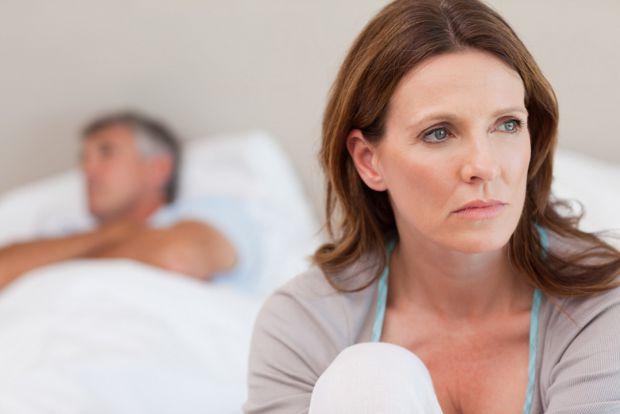 В якому віці у жінки знижується потяг до сексу