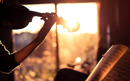 Кожен із нас погодиться, що є в житті періоди, коли без музики не обійтися.Науковці вирішили дослідити, як різна музика здатна впливати на людський ор