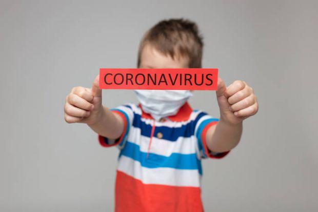 Діти теж хворіють коронавірусом, але в основному безсимптомно або в легкій формі.