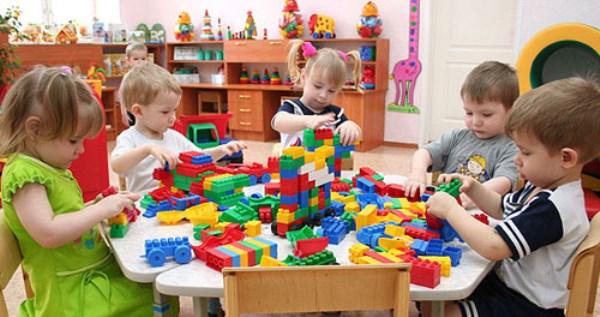 Прес-служба МОН пояснила, які категорії дітей тепер мають можливість в першу чергу записуватися в дитячий сад.