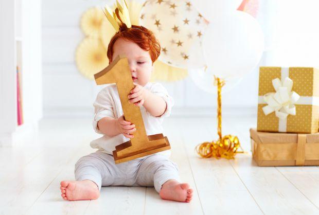 Бути хрещеним татом або мамою - почесно! Після обряду хрещення, хресний стає малюкові другим батьком - він бере відповідальність, не тільки за його ду