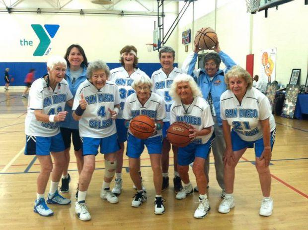 Шведські вчені з Університету Гетеборга зазначають, що жінки в хорошій фізичній формі навіть в літньому віці на 90% рідше страждають від вікової демен