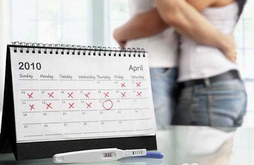 Вчені рекомендують чоловікам кинути вживати алкоголь за шість місяців до зачаття, а жінкам за три місяці.