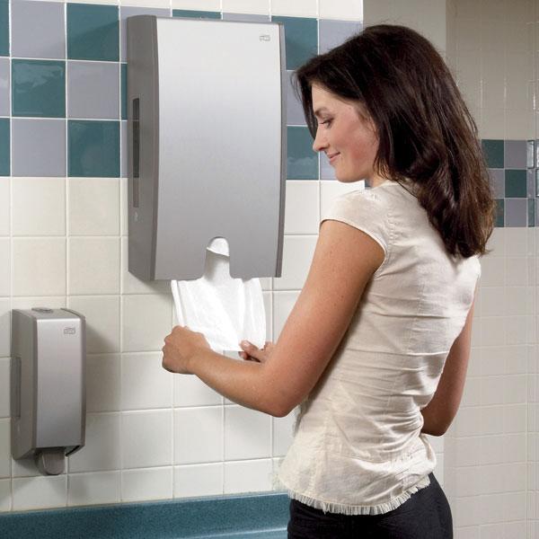 Питання про те, як сушити руки, давно турбує фахівців з гігієни. На даний момент найпоширенішими способами сушіння рук є текстильні рушники, паперові