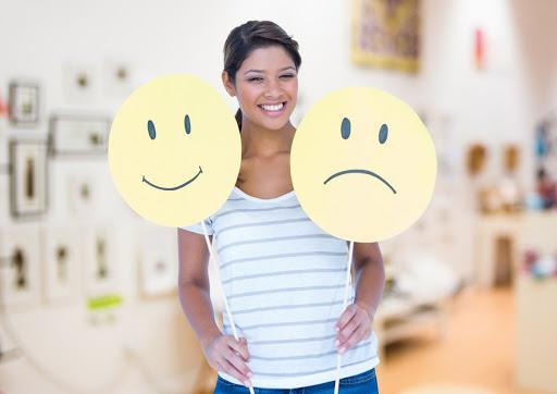 Бути щасливими хочуть усі, але не всі знають, що на наше відчуття щастя впливають навіть гормони.