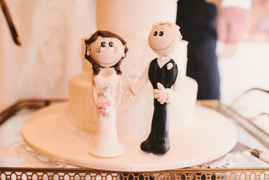 Неймовірні ідеї для оформлення весільного пирога.Приготування до весілля передбачає безліч турбот і переживань. Плаття, туфлі, букет, костюм, обручки,