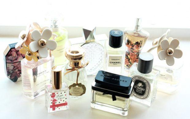 2879_a-girl-a-style_-perfume-930x585.jpg (34.79 Kb)