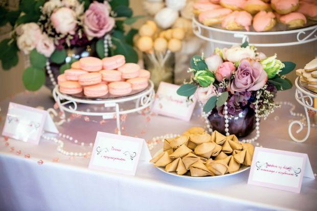 Фуд-експерти представили десерти, якими можна замінити весільний торт.