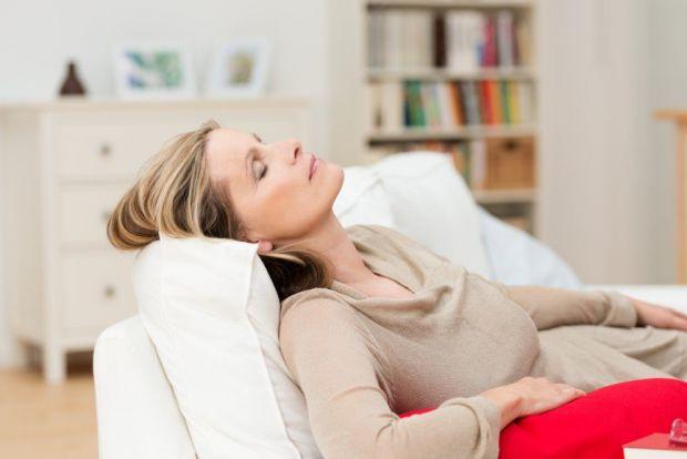 Клімакс - не простий період у житті жінки. Гормональні коливання, відчуття, що життя входить у фазу занепаду, стабільний набір ваги, при якому звичайн