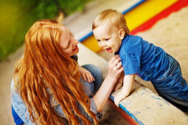Для дитини садок - це стресЯкщо малюк до садочка сидів постійно вдома, і мама про нього піклувалася і багато робила для нього і за нього, то тепер він
