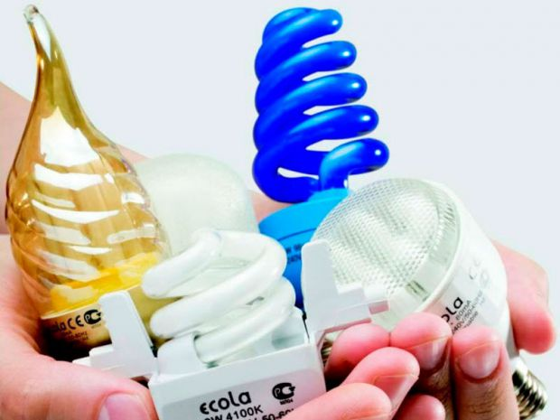 Всесвітня організація охорони здоров'я (ВООЗ) висловлює серйозні побоювання з приводу безпеки компактних флуоресцентних ламп (CFL).