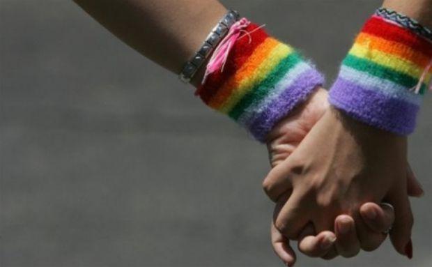 Британські академіки провели експеримент і з'ясували, що більшість ЛГБТ - підлітків схильні до суїциду.