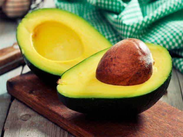 Продукти, які ми часто готуємо, деякі з них варто їсти у сирому вигляді, так вони будуть більш корисними для організуму.