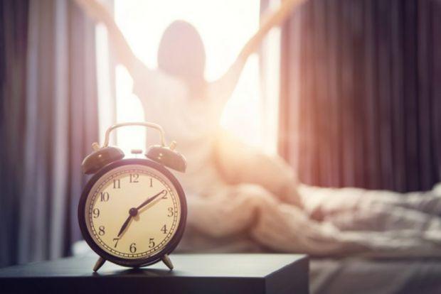 Після пробудження не можна різко вставати, чому - читайте далі.