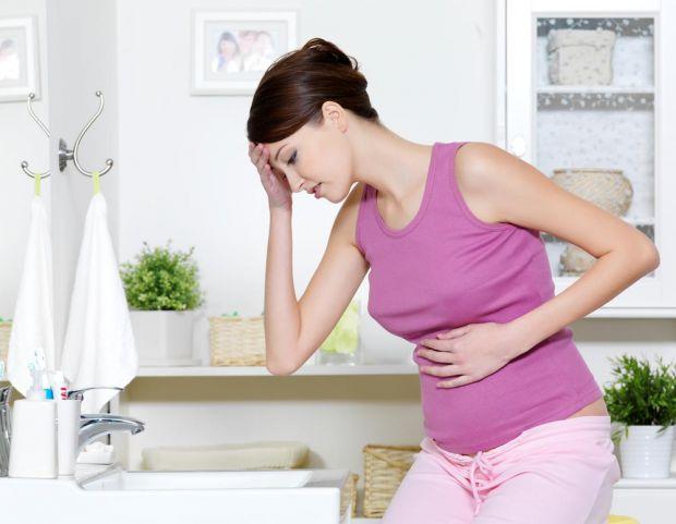 Дуже багато жінок незалежно від віку або способу життя відчувають під час вагітності токсикоз. Також для багатьох саме він і є тим індикатором, за яки
