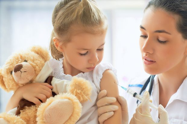Наприклад з прививкою від кору. Повідомляє сайт Наша мама.