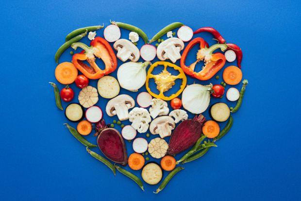 Жартувати із здоров'ям не варто, особливо якщо мова йде про серце. Виявляється, навітьїжа може позитивно впливати на стан серця.